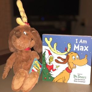 The Grinch's dog Max Plush and book
